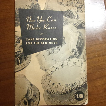 Cake Decorating Book 1952 - Books