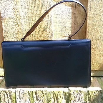 Vintage 1940s/1950s Leather Lever Clasp (?) Handbag Salvation Army Find $2.00