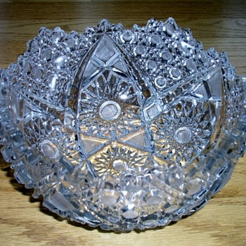 Pressed Glass Bowl help needed