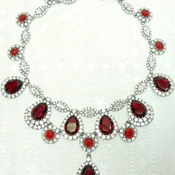Incredible Ciner Jewelry Necklace, Gorgeous Rhinestones! - Costume Jewelry
