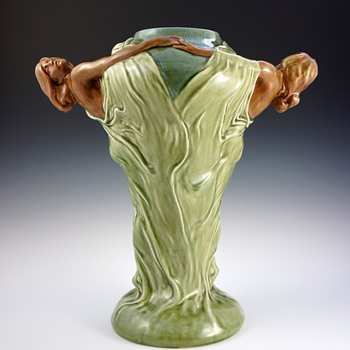 Large Circa 1900 Art Nouveau Double Maiden Ceramic Vase - Art Nouveau