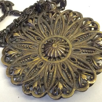Modern pendant & chain  - Costume Jewelry