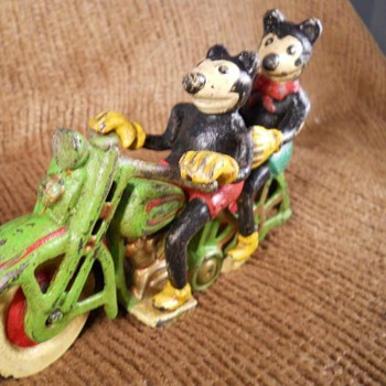 Cast Iron Mickey and Minnie Mouse Motorcycle - Animals