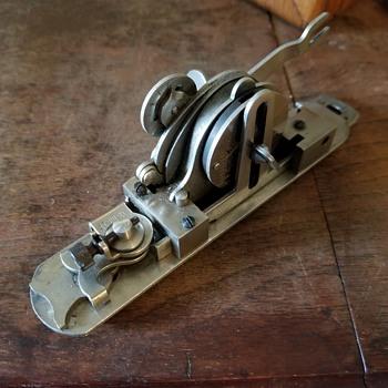 The Peerless Buttonholer for Singer VS1 & VS2 Machines  by The Sackett Mf'g Co