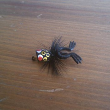 Vintage Unknown Fly Fishing Frog Lure - Outdoor Sports