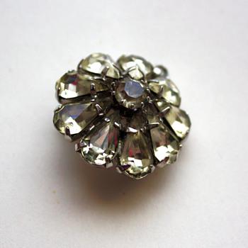 Vintage pin / pendant - Costume Jewelry