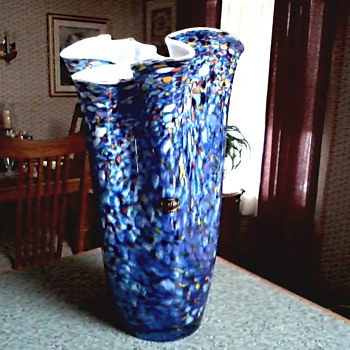 """Jozefina"" Ruffle or Handkerchief Vase / Multi Color Pattern / Krosno Poland /Circa 1980's - Art Glass"