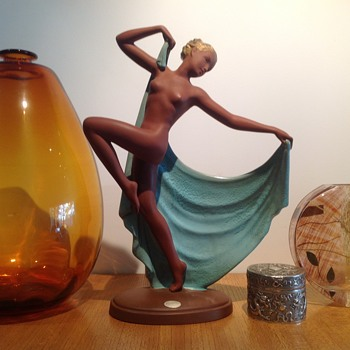 GOLDSCHEIDER 'ADAGIO' - JOSEF LORENZL - Art Pottery