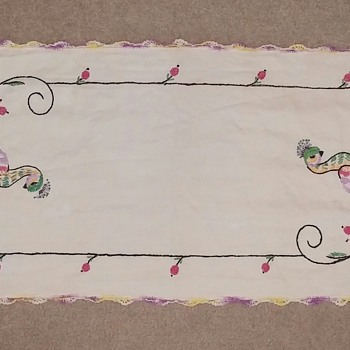 Vintage Embroidered Table Runner Dresser Scarf Doily With Crocheted Edges
