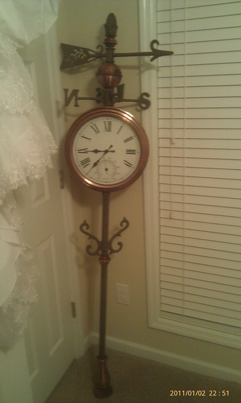Old Classic Cars >> weathervane/ double sided clock/ temperature gauge ...