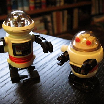 Vintage Tomy Wind Up Robots - Toys