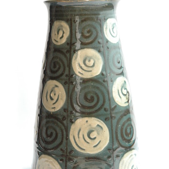 art deco vase by LEON ELCHINGER