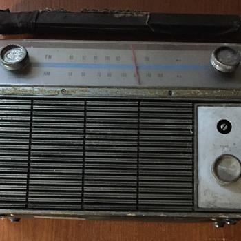 Viking radio M9TRU310 Transistor radio. - Radios