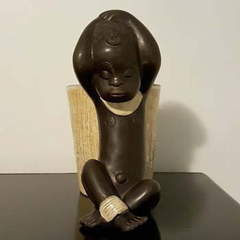 Rare Anzengruber Negerbaby mit Vase, latest purchase - Figurines