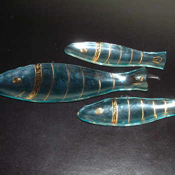 Three Art Glass Fish Signed RW - Art Glass