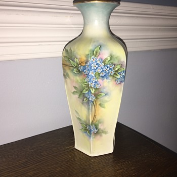 Handpainted vase - Pottery