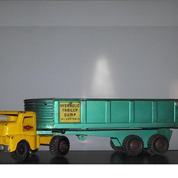 Structo Hydraulic Dump Truck/ Trailer - Model Cars