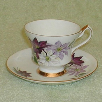 """Society"" Tri-color Poinsettia bone china"
