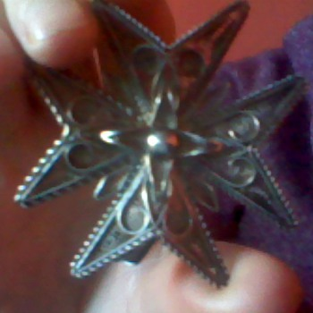 silver medal star - Costume Jewelry