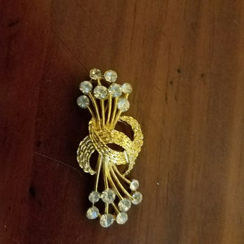 Trifari?  Brooch - Costume Vintage gold tone with Rhinestones? - Costume Jewelry