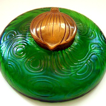 KRALIK GREEN SPIRALOPTISCH INKWELL - Art Glass