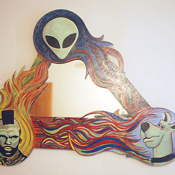 Retro Psychadelic Mirror - Furniture