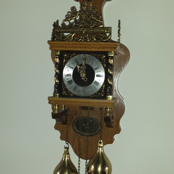 Tell me about this clock