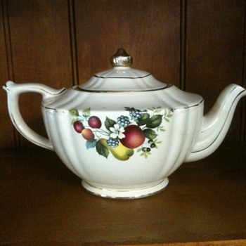 Tea Pot - China and Dinnerware