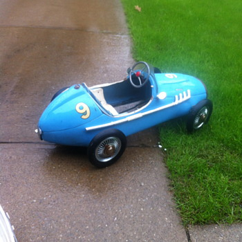 Formula racer 1954 made by Ferbedo - Toys