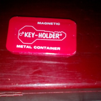 "Vintage Magnetic Metal ""Hide-A-Key"""