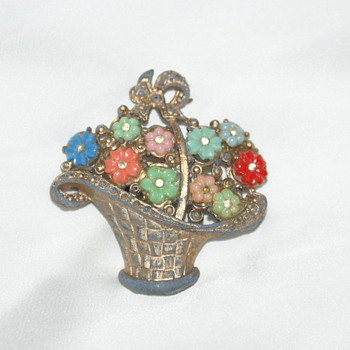 Pot Metal Vintage Brooch