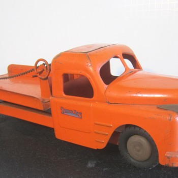 1950's Structo Truck - Model Cars