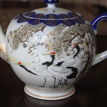 Antique Meji Period / Kutani Crane Teapot