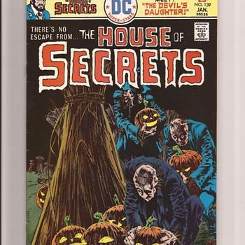 DC Comics Wrightsen favourites - Comic Books