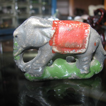 Vintage ceramic elephant - Animals