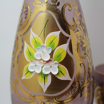 Purple/Gold/Ceramic Flowers Decanter with  6 cups - Glassware