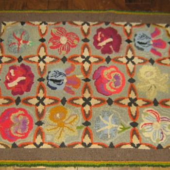 Wool latch-hook rug 1930's?