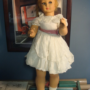 "28"" plaster? composite? doll...... kaleidoscope eyes Moms Mystery"