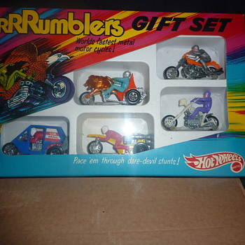 please help.vintage hot wheels ramblers gift set mint condition  - Model Cars