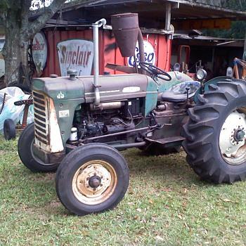 1958 Oliver 550 diesel