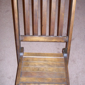 "Old ""Deck Chair"""