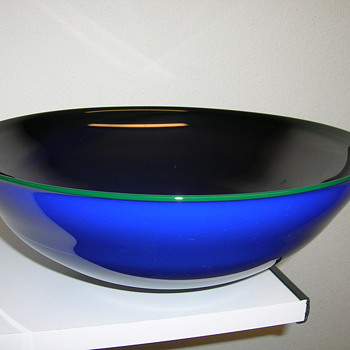 M. Bouchard - Art Glass