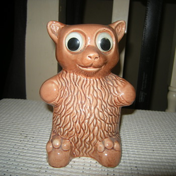 1950s/60's teddy bear piggy bank - Art Pottery