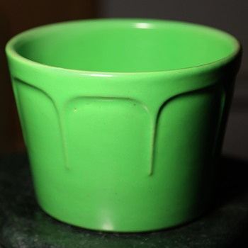 Matte Green Flower Pot - Art Pottery