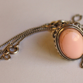 Vintage silver pendant with rose &#039;stone&#039;