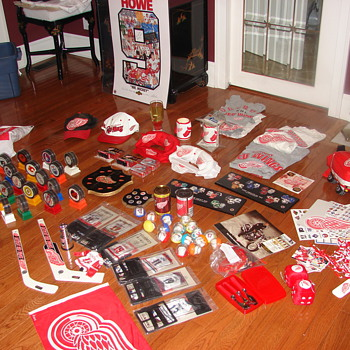 Red Wing Collectibles - Hockey