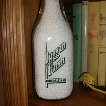 MILK BOTTLE FROM MY HOMETOWN - Bottles