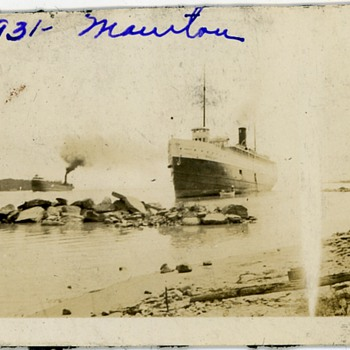 1931 Lake Michigan Steamship Manitou Run Aground Photo