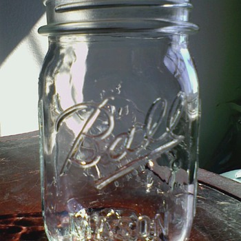 Ball Mason Sculptured Glass Jar A12