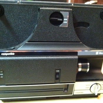 Bell &amp; Howell Autoload 8mm/Super-8 Projector